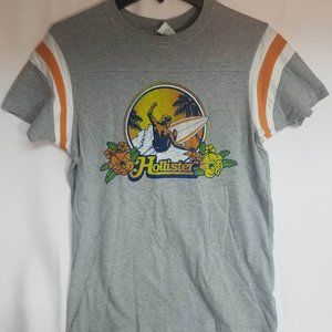 Vintage Look- Hollister Tee with Surfer